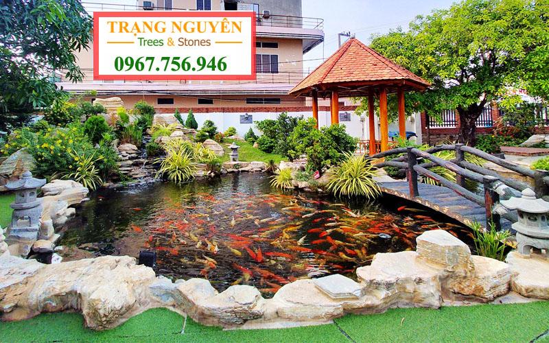 Thi công hồ cá sân vườn